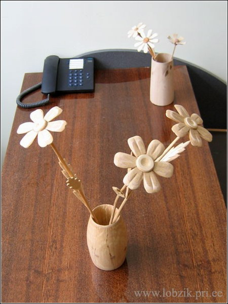 Как сделать цветок из дерева своими руками 47