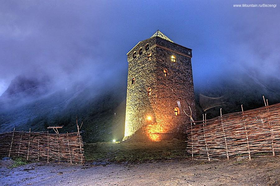 Архитектура :: Балкарская башня :: фотография 1