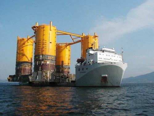 Транспорт :: Корабль для перевозки кораблей фото 3