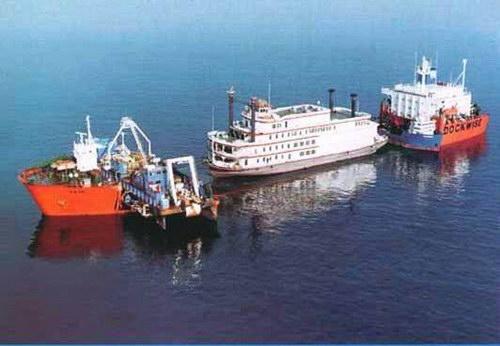 Транспорт :: Корабль для перевозки кораблей фото 20