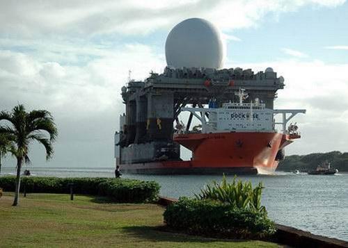 Транспорт :: Корабль для перевозки кораблей фото 0