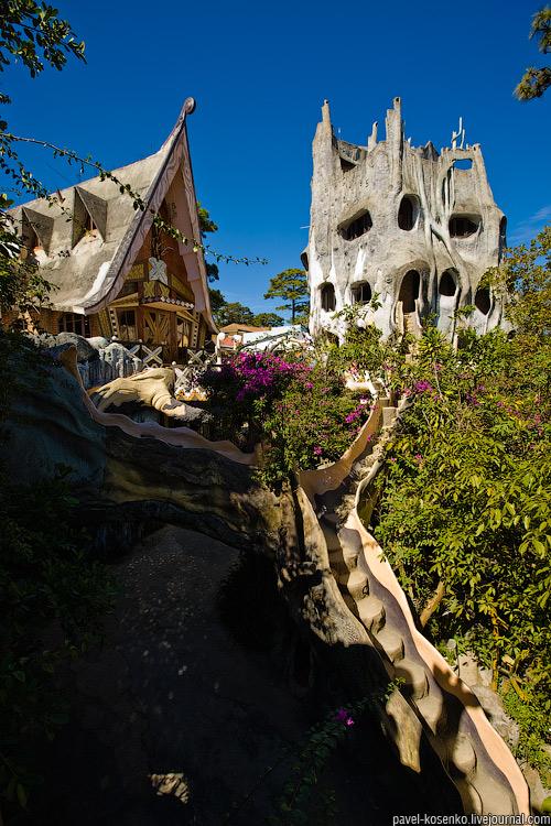 Странный домик :: фотография 1
