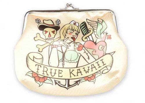 """Косметичка  """"True Kawaii """" за 1 000 руб."""