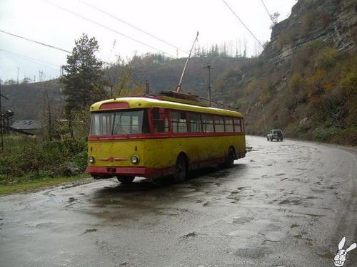 Старенькие троллейбусы фото 7