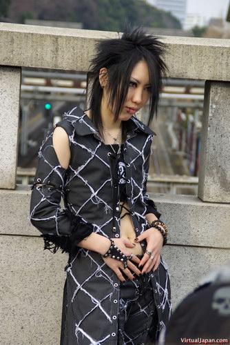http://basik.ru/images/japan_fashion_fotos/short.jpg