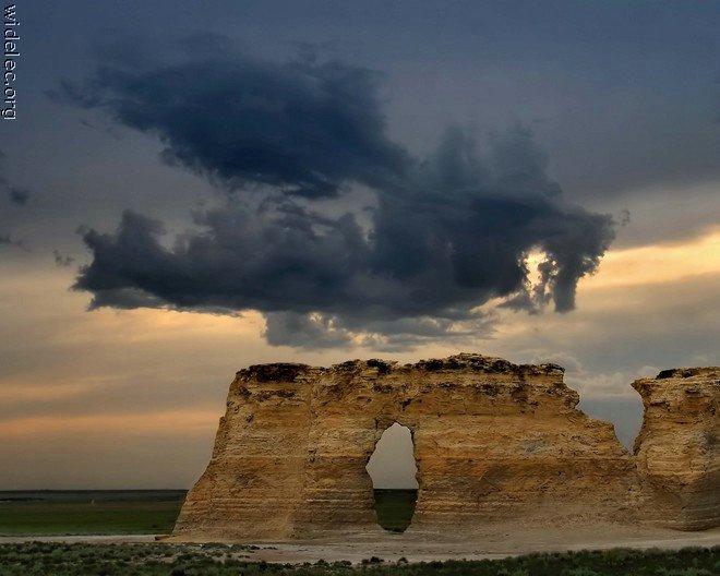 http://basik.ru/images/landscapes_beauty/43_landscapes_beauty.jpg