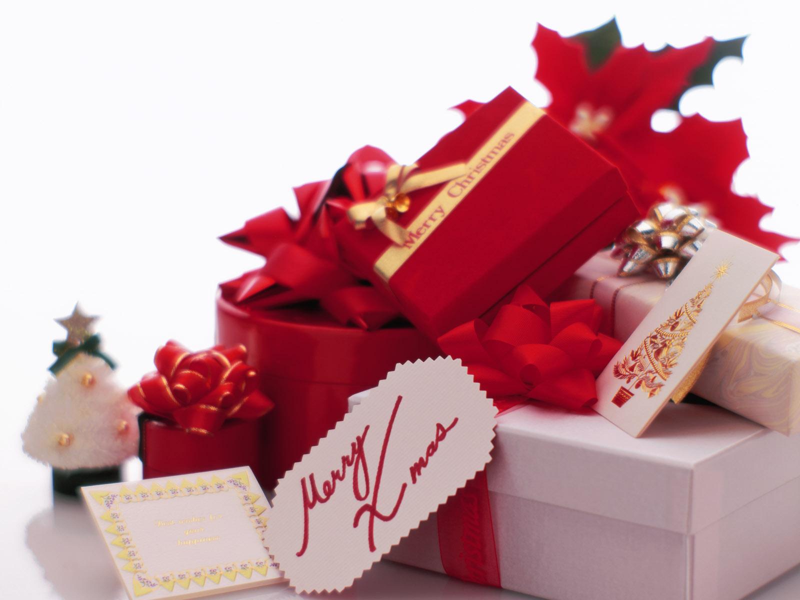 На рабочий стол новогодние подарки