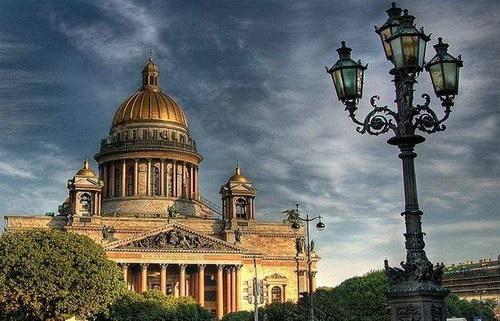 Москвич в Питере