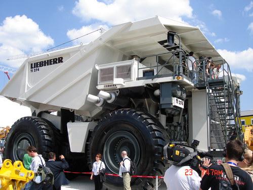 Транспорт :: Очень большие грузовики фото 25