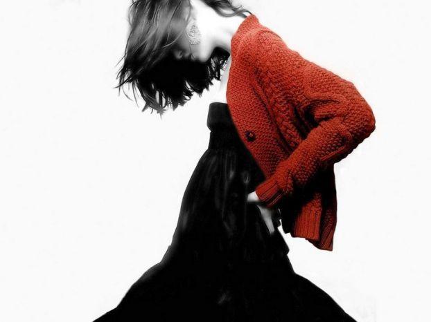 Красный черно-белое фото в фотошопе