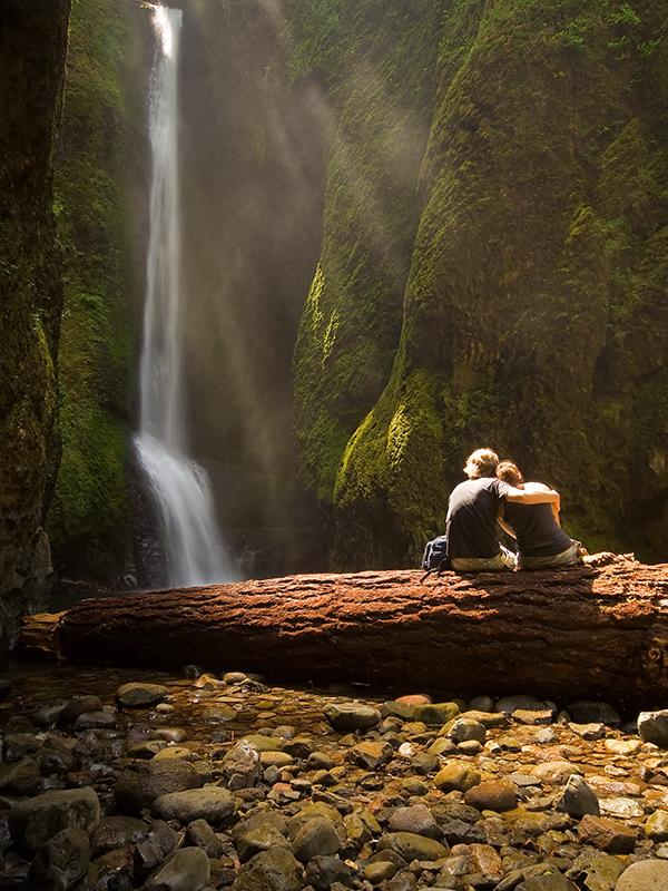 бы, пары у водопада фотографии становление